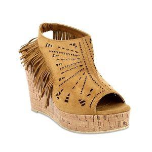 SHOEROOM21 boutique Shoes - Ladies peep toe backless wedge sandal with fringe