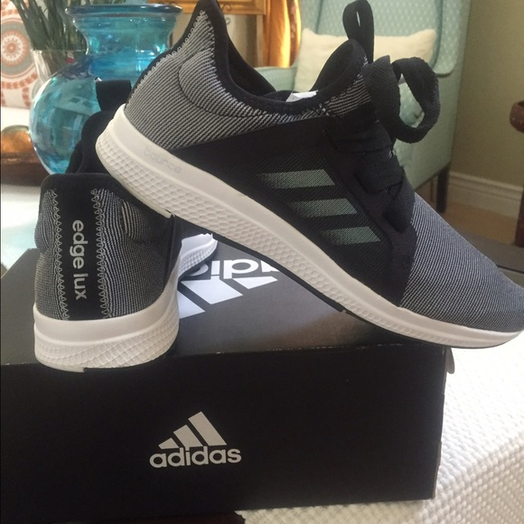 the latest e5c65 347ba Adidas Edge Lux Womens NEVER BEEN WORN