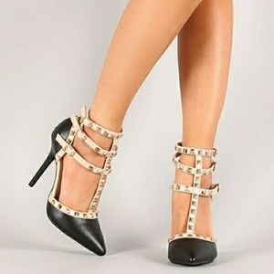 Wild Diva Shoes - Wild Diva Pointed Studded Heels