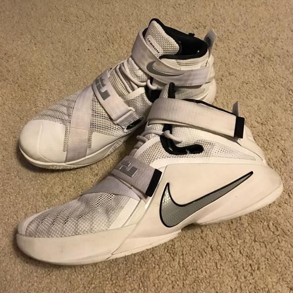 94a06a00c25a Nike LeBron Soldier IX 9 TB Men s US 12. M 58d317d27fab3a4c76023566