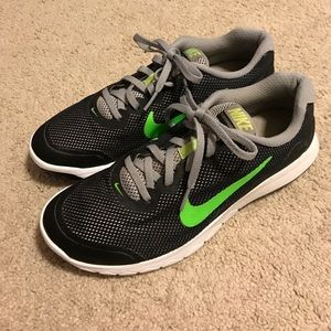 Nike Other - Nike Flex Experience RN 4 size 8 men's