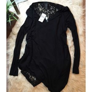 Grace Elements Tops - Nwt black lace and jersey slinky top.