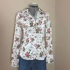 Lei Tops - 🆕Listing: Lei Floral Print Button Down Shirt