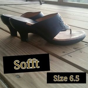 Sofft Shoes - Gorgeous Black Leather Sandals by Sofft!