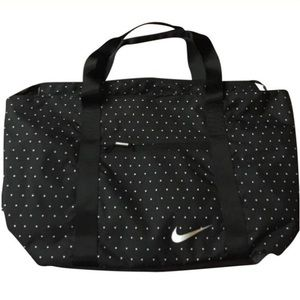  Nike Tote price drop⤵️