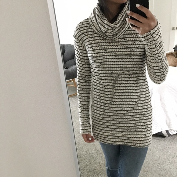 SALE! Speckled Cowl Neck Sweater XS from *koko's closet on Poshmark