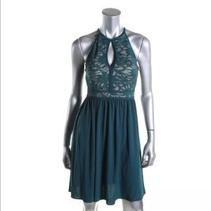 Morgan & Co. Dresses & Skirts - Morgan&Co Green Lace Overlay Clubwear JRS 3/4 NWT