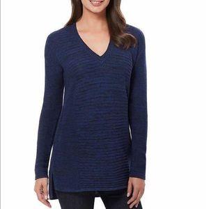 Ellen Tracy Sweaters - NWT Ellen Tracy Blue Black V-Neck Sweater