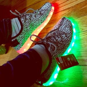 Unisex light up Sneakers