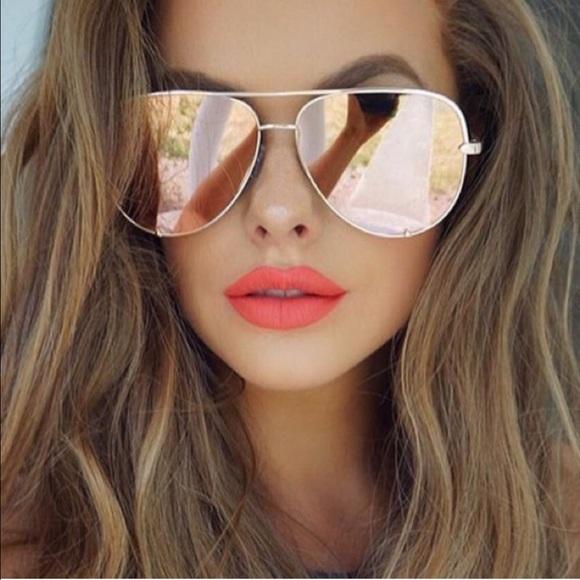 f440d564e01 🚨LAST 🚨HIGH KEY QUAY x Desi sunglasses -GOLD