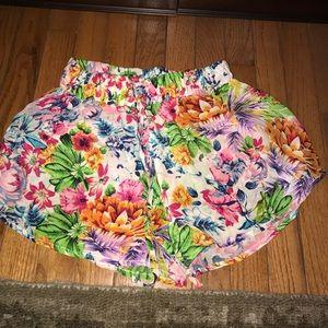 tolani Pants - TOLANI floral flutter short/skort