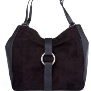 Michael Kors Handbags - Michael Kors Quincey large shoulder bag