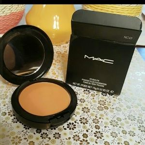 MAC Cosmetics Other - Mac studio fix powder foundation