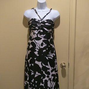 White House Black Market Dresses & Skirts - White House Black market silk Maxi 00