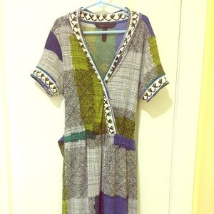 BCBGMaxAzria Dresses & Skirts - BCBG MaxAzira Tribal Spring Dress Size XXS