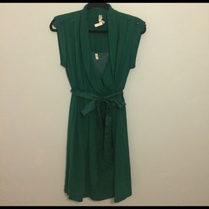 Anthropologie Dresses & Skirts - Anthropologie Emerald Green Wrap Dress