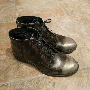 Timberland Shoes - Timberland Beckwith metallic toe Chukka