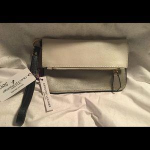 Alberta Di Canio Handbags - ALBERTA DI CANIO LEATHER CLUTCH WRISTLET NWT