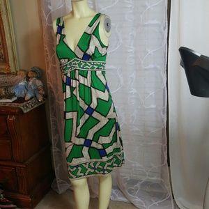 Diane von Furstenberg Dresses & Skirts - DIANE VON FURSTENBERG Stretch Midi Dress