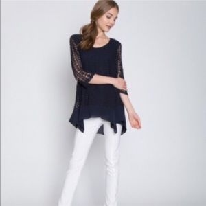 Monoreno Tops - Monoreno Crochet Knit top