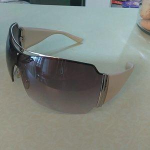Emporio Armani Accessories - Sunglasses
