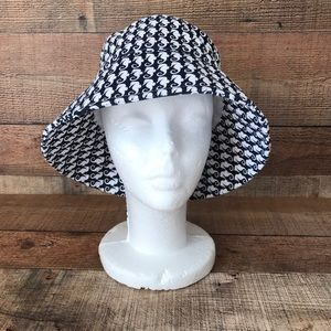 Talbots Accessories - TALBOTS Seahorse Bucket Sun Hat