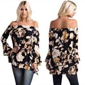 Tops - 🆕 NEW Off Shoulder Bell Sleeve Floral Print Top