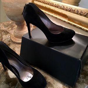 Joan & David Shoes - JOAN & DAVID BLACK SUEDE PLATFORM PUMPS