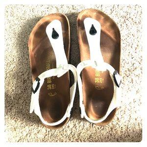 Birkenstock Shoes - EUC White Birkenstock Size 38
