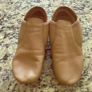 Capezio Other - Capezio jazz shoes