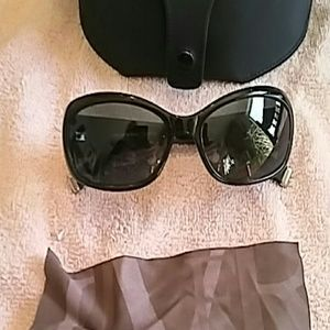 Oliver Peoples Accessories - Oliver Peoples Sunglasses Phoebe Style, Black W/Ca