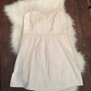 American Eagle Outfitters Dresses & Skirts - American Eagle cream dress. Cream lace dress.