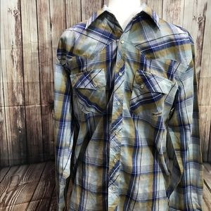 Wrangler Wrancher pearl snap buttons western shirt