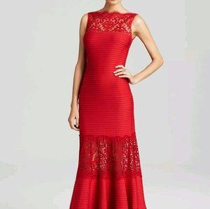 Tadashi Shoji Dresses & Skirts - Tadashi Shoji Boat Neck Gown