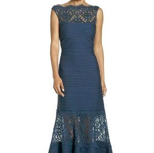 Tadashi Shoji Dresses & Skirts - Tadashi Shoji Boat Neck Lace and Jersey Gown