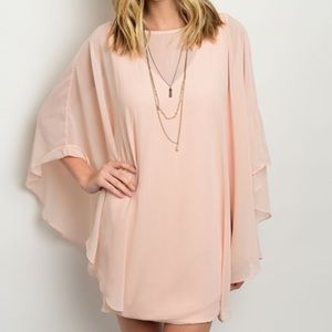 Dresses & Skirts - Light pink batwing sleeve dress