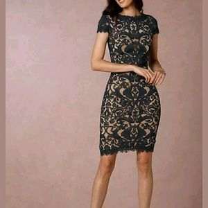 Tadashi Shoji Dresses & Skirts - Tadashi Shoji Embroidered Cap Sleeve Dress