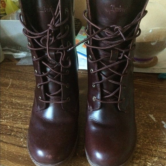ffd3a8cb39b0 Used Glancy Timberland Boots Women Size 9. M 58d3f257eaf030c55d073a57