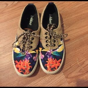 Inkkas Floral Oxford Sneaker