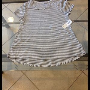 Old Navy Other - Size Medium (8) Old Navy relaxed top NWT