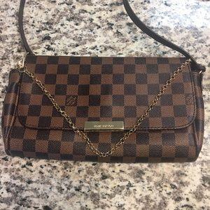 Louis Vuitton Handbags - LV FAVORITE MM