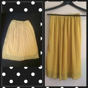 Lapis Dresses & Skirts - Yellow Pleated A-Line Style Skirt