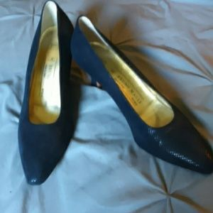Bruno Magli Shoes - Italian Blue leather pumps