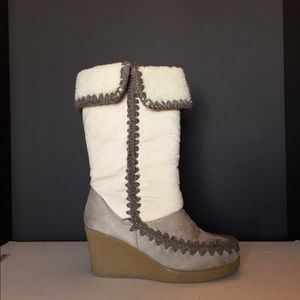 American Eagle by Payless Shoes - Boots Gray and Off White