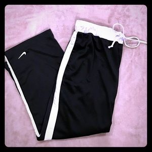 Nike Nylon Warmup Cropped Pants
