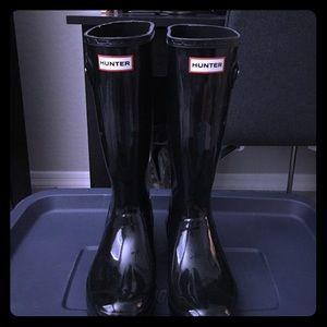 Hunter Other - Kids Hunter Tall Gloss Black Rain Boots B 5 G 6