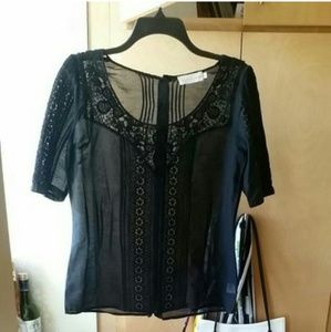 Johnny Was Tops - 4 Love and Liberty embroidered s/s blouse