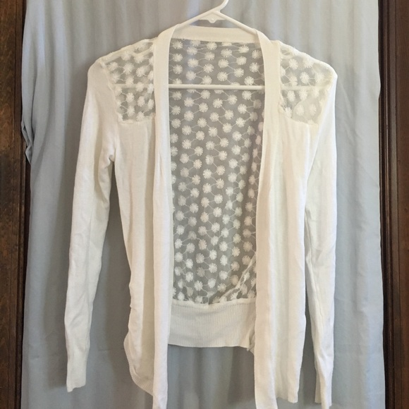 Sweaters Juniors White Sweater Size Small Poshmark