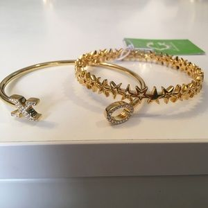 C. wonder gold bangle set