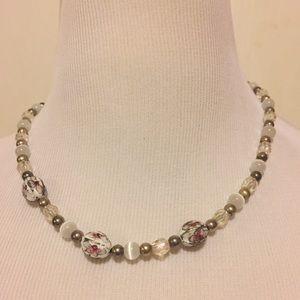 Vintage Jewelry - Gorgeous & Unique Vintage Floral Beaded Necklace